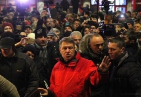 Lovitură în PLIN pentru Klaus Iohannis: protestatarii #Rezist se DELIMITEAZĂ de președinte