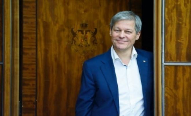 Un lider PNL îl DESFIINŢEAZĂ pe Dacian Cioloş: 'E un IMPOSTOR politic. A avut sprijinul total al PNL şi a adus numai necazuri...'