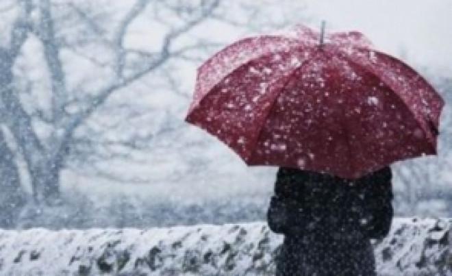 Ciclon de aer rece peste Ploiesti si alte orase din sud-est: încep ninsori ABUNDENTE