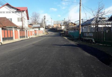 Primăria Băicoi și-a propus ca, până la finalul anului, în oraș să nu mai existe nici o stradă neasfaltată