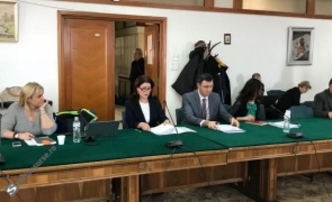 Ministrul de Finanțe vine cu explicații pe Declarația 600: cum sunt afectați cei cu contracte pe drepturi de autor