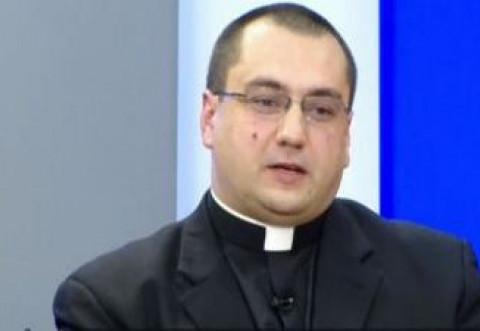 Presedintele Coalitiei Romanilor din SUA, preotul Chris Terhes, a dat verdictul dupa prestatia sefului DNA Ploiesti Lucian Onea