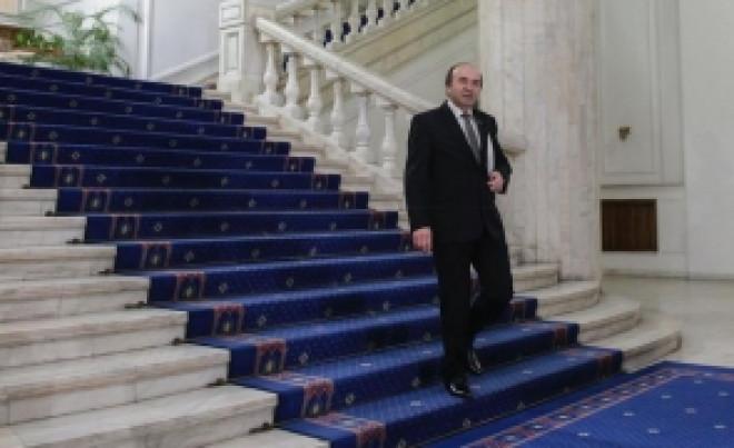 Tudorel Toader, AMENINŢAT din mijlocul protestelor: Mesaj dur al unui deputat PSD - 'Cere revocarea lui Kovesi sau lasă locul liber'