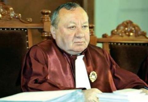 """S-A TERMINAT – Fostul presedinte al CCR Ioan Vida da verdictul: """"Presedintele are obligatia de a o revoca pe Kovesi, asa cum a propus ministrul Justitiei"""