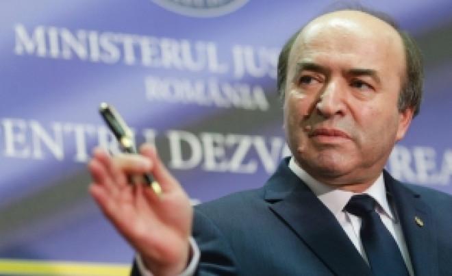 Ministrul Justiţiei ÎI DĂ REPLICA lui Iohannis: Tudorel Toader RĂBUFNEŞTE, după acuzaţiile preşedintelui