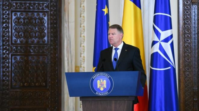 Klaus Iohannis: Decizia privind propunerea de revocare a şefei DNA o voi lua după Paşti
