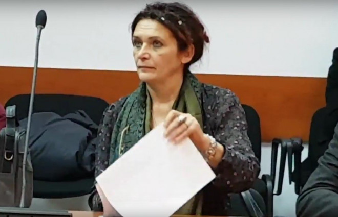 Cineva vrea sa scape de Cristina Hertia, arhitectul-sef al Ploiestiului. In curand vom afla si cine