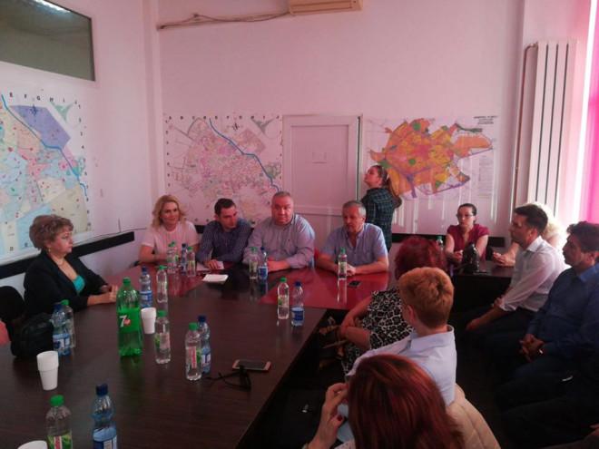 Viceprimarul Ganea si deputatii Laura Moagher si Razvan Ursu, intalnire cu organizatia PSD Vest