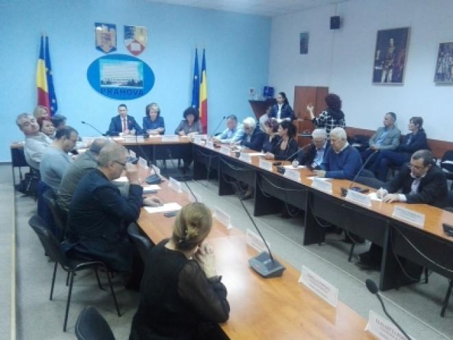 Parteneriat între Consiliul Judeţean şi 10 primării din Prahova, pentru un amplu proiect din fonduri europene