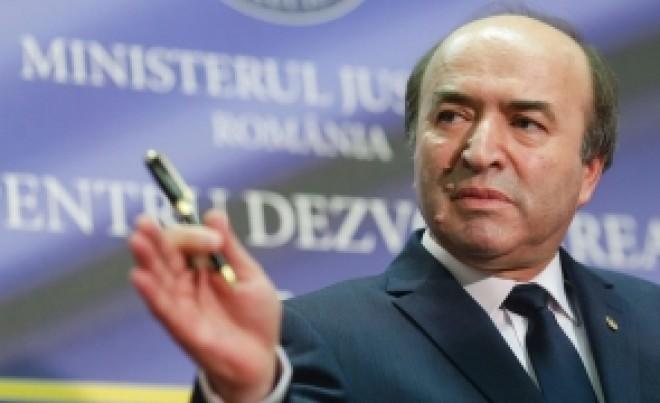 """Ministrul Justitiei il acuza pe Negulescu """"Portocala"""": """"Adevarul incepe sa iasa la suprafata"""""""