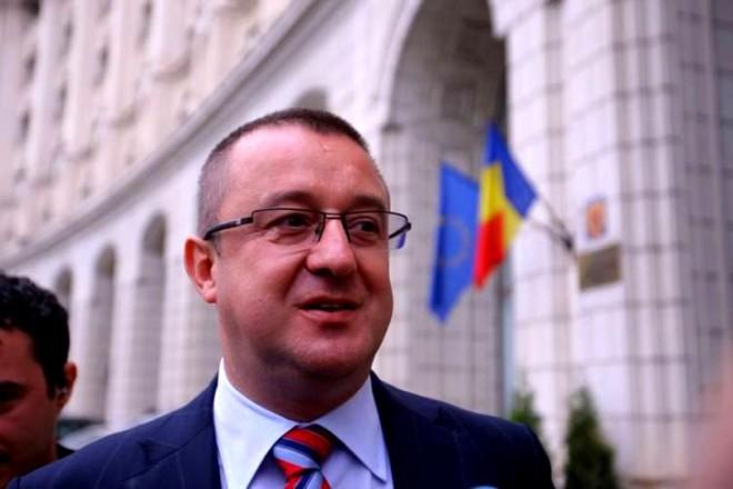 Sorin Blejnar a depus o plângere pe numele lui Mircea Negulescu