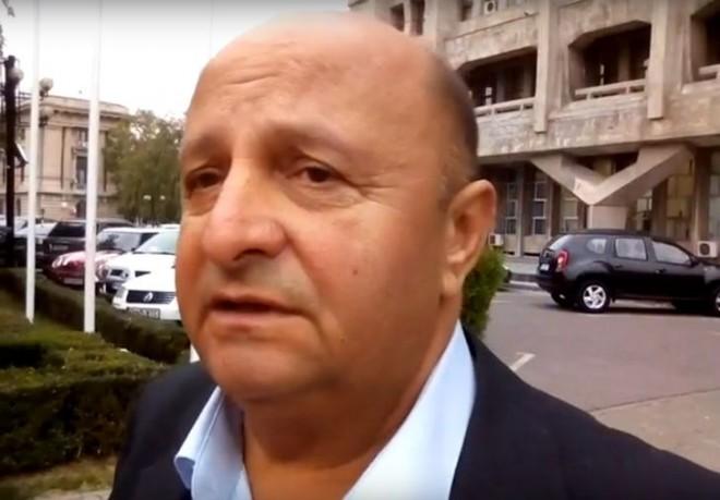 """Liderul de Sindicat de la TCE, Ion Misca: """"Nu mai vrem să transportăm gratuit pe nimeni. Toată lumea să îşi cumpere bilet sau abonament. Ce atâta gratuitate...""""!"""