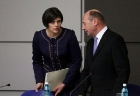 Băsescu o 'distruge' pe Kovesi: 'Ambasadorii vor înţelege că au sprijinit un sistem de tip mafiot'