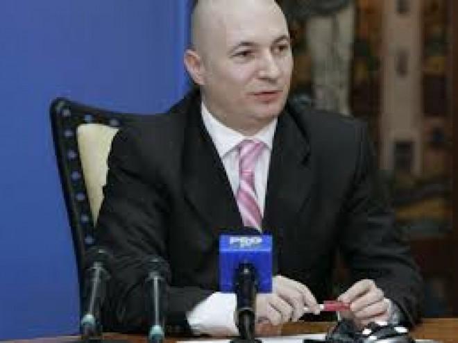 Declaratie de presa Codrin Stefanescu: Aceste protocoale ilegale produc daune ireparabile cetăţenilor şi României