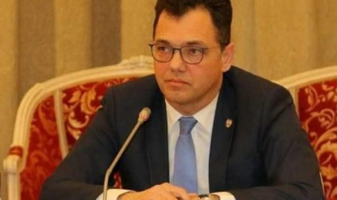 """Stefan Radu Oprea: """"Banii îi aşteaptă pe aplicanţii Start-up Nation 2017"""""""