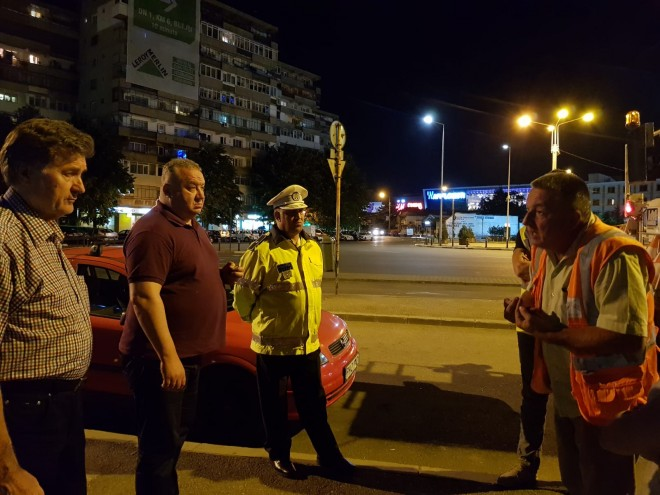 Viceprimarul Ganea, control nocturn la firma care realizeaza marcajele rutiere