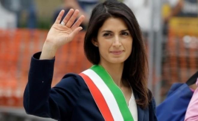 Romii din Italia fac PRĂPĂD: primarul Romei a venit în România pentru a găsi soluții