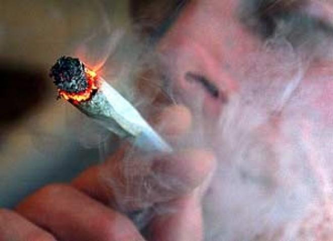 Se cere anchetă privind sursa de finanțare a grupării Rezist: 'PG și DIICOT să verifice acuzatii de trafic si consum de droguri'