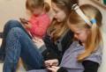 ATENȚIE, PĂRINȚI! Drama copiilor crescuţi la laptop sau telefoane. Ce spun psihologii