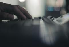 Boala care apare în cazul persoanelor care stau mult în fața calculatorului