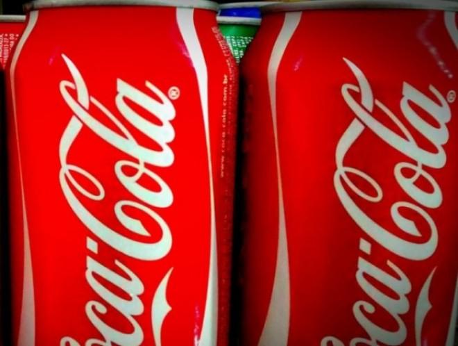 Ce spune Coca Cola despre posibilitatea de a pune canabis în produsele sale