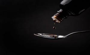 Încă un medicament împotriva tusei, interzis în România