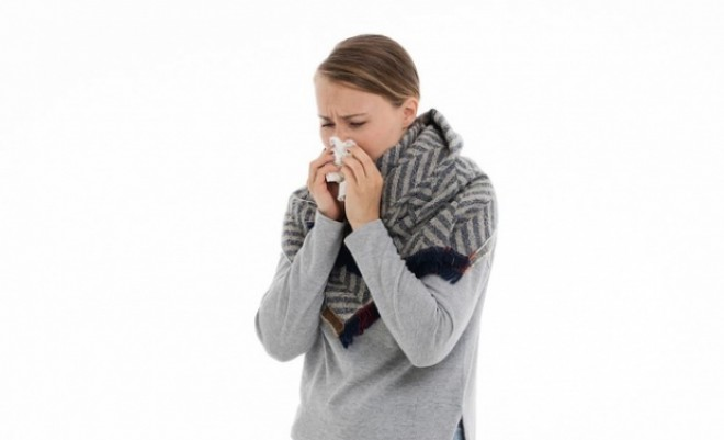 A început sezonul virozelor respiratorii. Reguli simple care ţin boala departe de noi