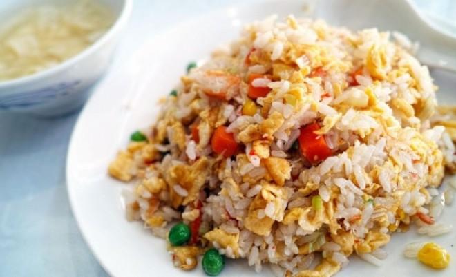 DIETA cu orez. Reîntinereşte organismul şi îl detoxifiază