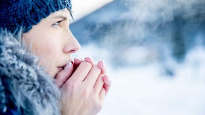 Glanda tiroidă, afectată de răcirea vremii. Ce măsuri trebuie să iei pentru a o ajuta să funcţioneze optim