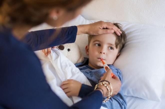 Cunoscut medic pediatru: 10 lucruri pe care să NU le faci în caz de gripă – NU ne ducem la spital nici în a 5 a zi de febră