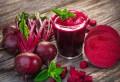 Ține cancerul la distanță, tratează anemia și infecțiile urinare – Motive să bei regulat suc de sfeclă roșie