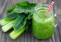 Beneficii extraordinare: 11 motive să bei în fiecare zi un pahar de suc de ţelină
