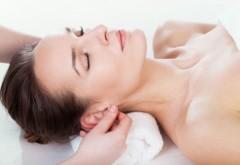 Ce se îmtâmplă în corpul tău atunci când îți masezi urechile zilnic