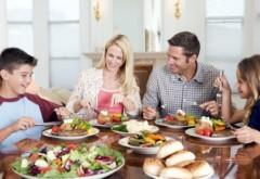 Cum să mănânci pe săturate la CINĂ fără să te îngraşi
