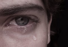 De ce ne vine să plângem de fericire? Află răspunsul INEDIT!