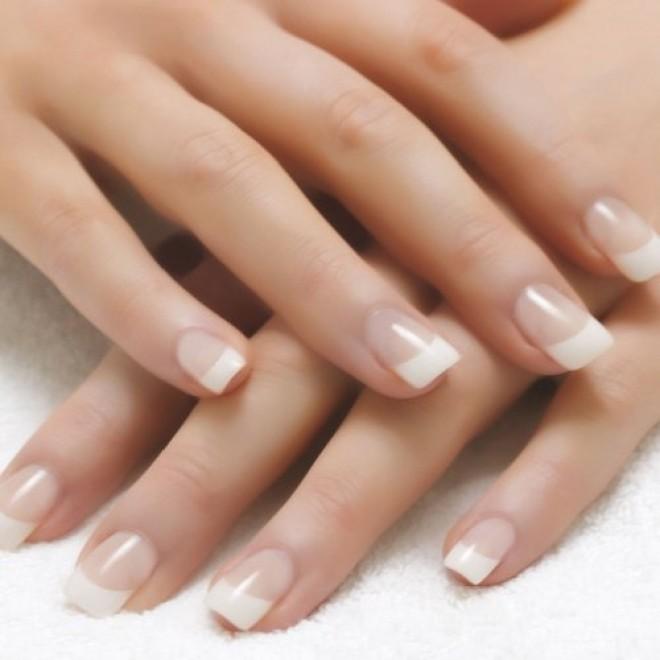 Remedii NATURALE pentru unghiile care se rup prea uşor