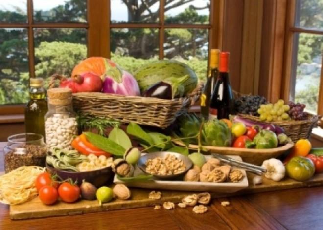 Dieta mediteraneană, cea mai EFICIENTĂ şi SĂNĂTOASĂ