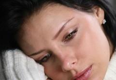 Cum poate fi combătută DEPRESIA DE IARNĂ? Un anumit fel de mâncare este de mare ajutor