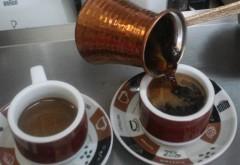Cum se prepară adevărata cafea turcească la ibric:  Sfaturi bune pentru dimineaţă