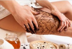 Cum poti sa-ti prepari acasa un TRATAMENT ANTI-CELULITIC NATURAL cu doar 2 ingrediente