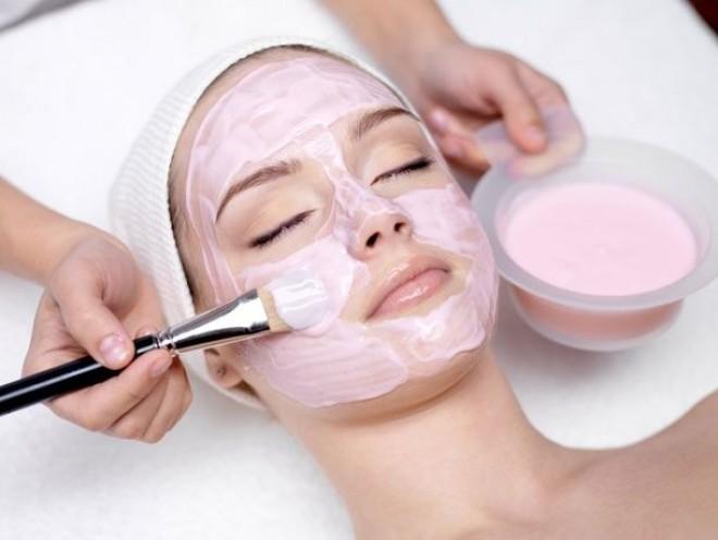 Mască facială DIY cu vitamina C, pentru ten îmbătrânit