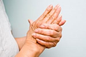 Nu mai ştii ce să faci să scapi de durerile articulare? Foloseşte aceste două ingrediente şi uiţi de această problema