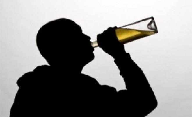 Descoperire ȘOCANTĂ: O băutură extrem de consumată favorizează dezvoltarea cancerului de PIELE