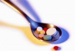 Cât de periculoasă este pastila pe care majoritatea românilor o iau fără a cere sfatul medicului