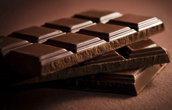 Avertisment dur pentru bărbaţi: Consumul de ciocolată poate duce la boli GRAVE