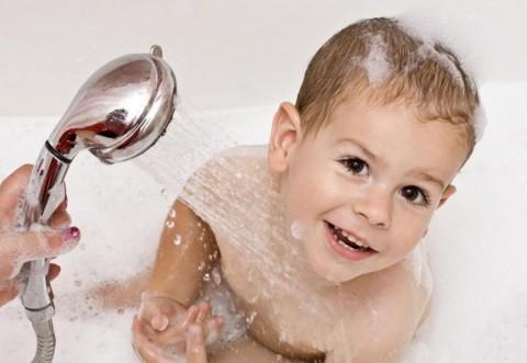Boala care îi poate afecta enorm pe copii: Ce trebuie să facă pentru aţi proteja bebeluşul