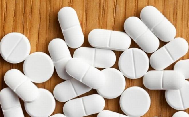 Avertisment. Cei care aveți peste 40 de ani și luați acest medicament, foarte folosit în România, riscați să faceți infarct sau accident vascular cerebral