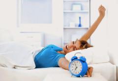 Te trezești greu? Trucuri pentru a intra în formă dimineața