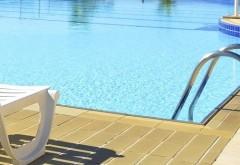 Atenție la bolile pe care le poţi lua de la piscină! Cum poţi să le eviţi