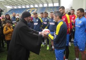 Mesajul preotului pentru fotbaliștii Petrolului